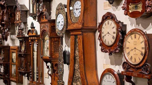 Different grandfather clocks